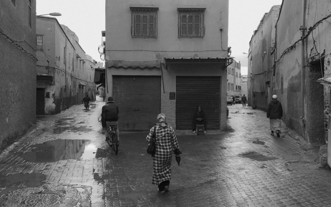 Washing up a melancholic truth – A rainy day in Marrakech